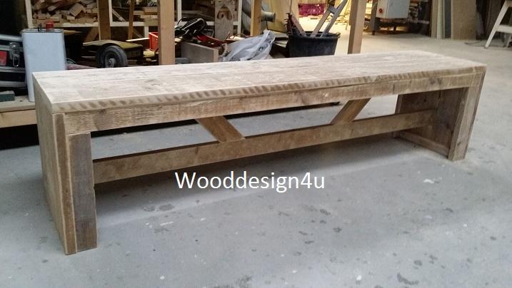 Houten Bank Zonder Leuning.Bankje Zonder Leuningen Wooddesign4u Is Gespecialiseerd In Steigerhouten Meubelen