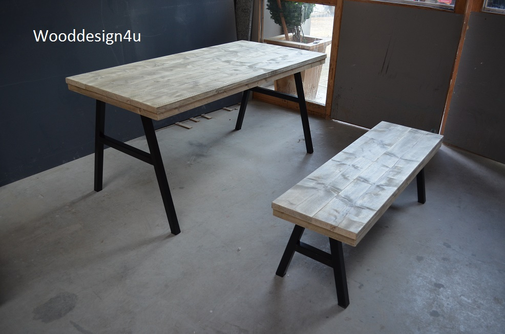 Industriele Tafel En Bank.Industriele Tafel En Bankje Wooddesign4u Is Gespecialiseerd In