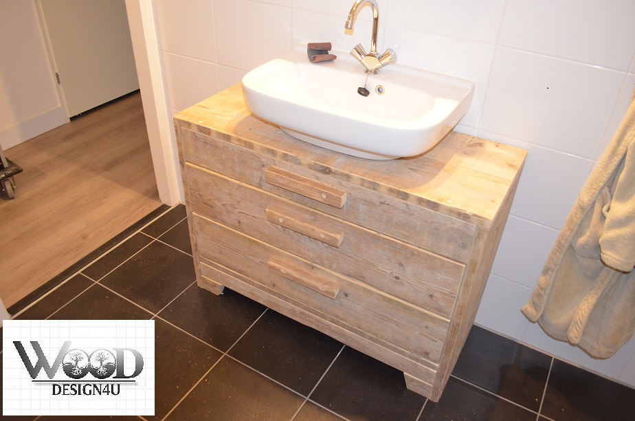 Badkamer wandmeubel - Wooddesign4u is gespecialiseerd in ...