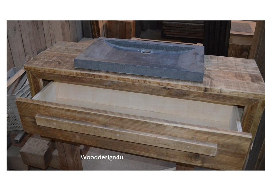 Wandmeubel Voor Badkamer.Badkamer Wandmeubel Wooddesign4u Is Gespecialiseerd In Steigerhouten Meubelen