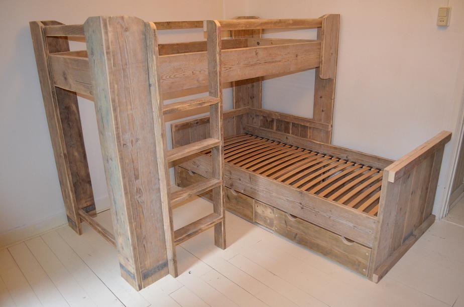 Halfhoogslaper van steigerhout duo hoogslaper duo bed - Hoogslaper met geintegreerde garderobe ...