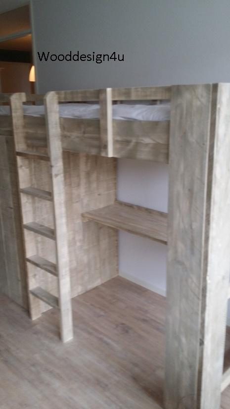 Hoogslaper Met Kastruimte En Buro Wooddesign4u Is Gespecialiseerd In Steigerhouten Meubelen