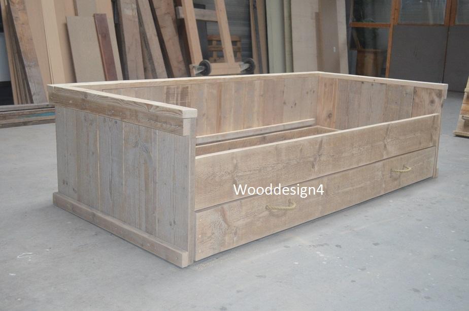 New steigerhouten bed , 1 pers.steigerhouten bed #TI19