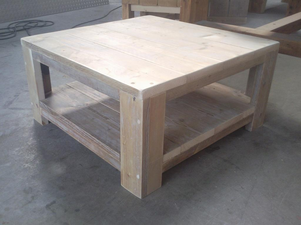 Salon tafel steigerhout wooddesign4u is gespecialiseerd for Tafel van steigerplanken