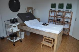 Salon Inrichting Meubels : Schoonheidssalon